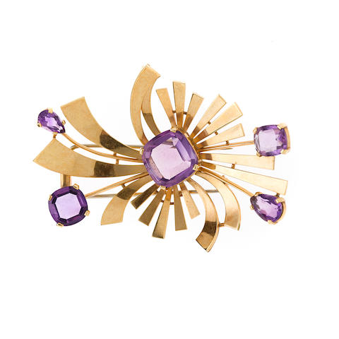 A retro amethyst and 14k gold brooch,
