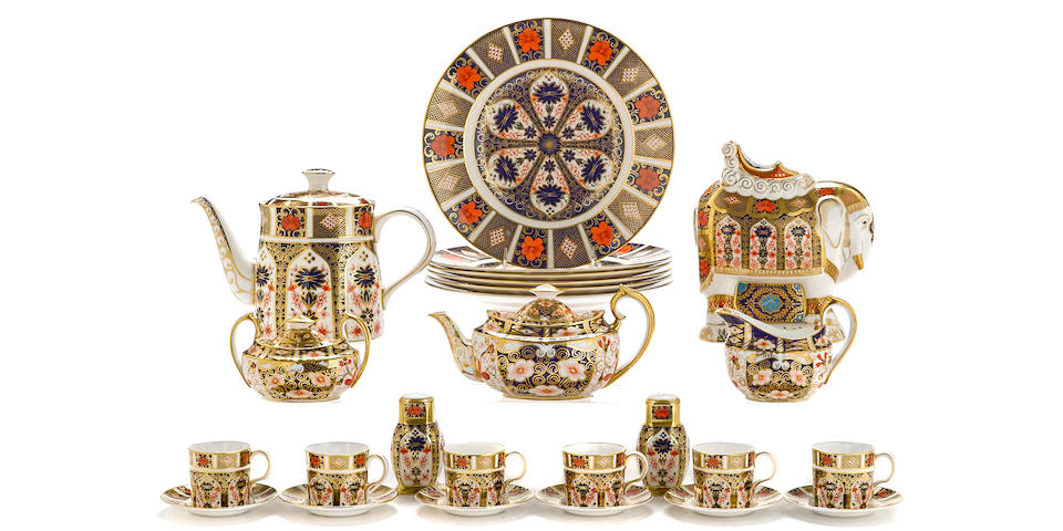 Twenty-five pieces of Royal Crown Derby bone china in two Imari patterns