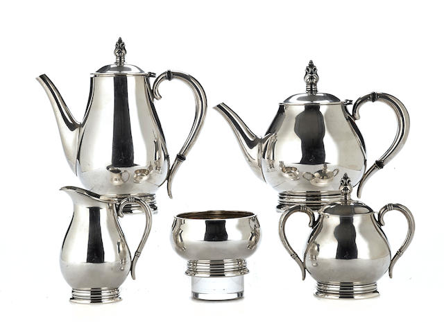 An American sterling silver five-piece tea and coffee service by International Silver Co., Meriden, CT,  20th century