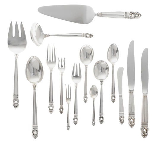 An American sterling silver flatware service by International Silver Co., Meriden, CT, 20th century