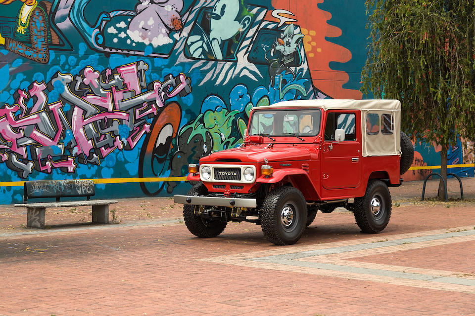 <B>1981 TOYOTA LAND CRUISER FJ40<br /></B><BR />Chassis no. FJ40-338609<BR />Engine no. 2F528457