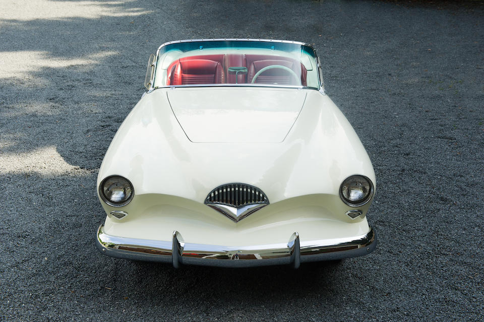 <B>1954 KAISER-DARRIN SPORT CONVERTIBLE<br />Design by Howard Darrin<br /></B><BR />Chassis no. 161.001429<BR />Engine no. 899008