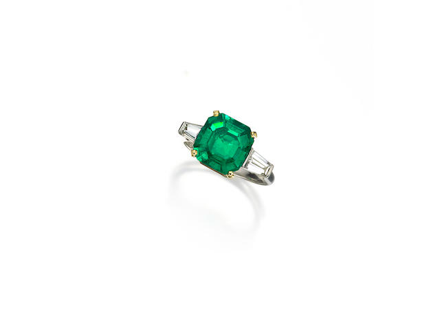 An emerald and diamond ring, Carvin French
