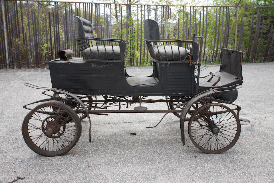 "<i>Offered from nearly 80 year ownership, one of three known original survivors</i><BR /><B>1901 Locomobile Style 5 ""Locosurrey""</B><BR />Chassis no. 4507"