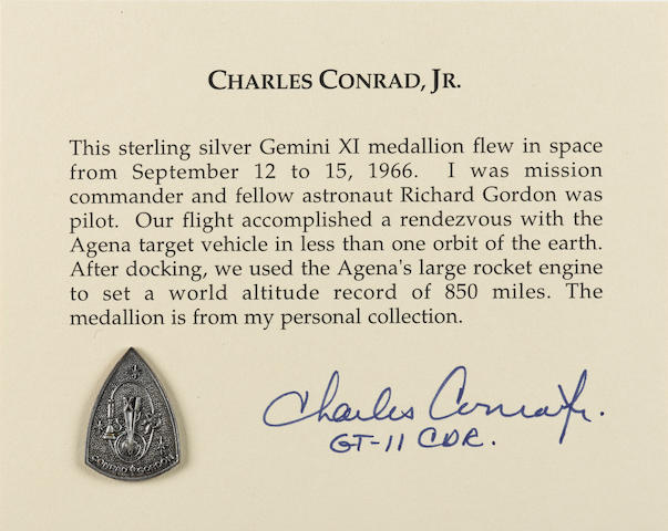 CONRAD'S MEDALLION CARRIED ON GEMINI 11 FLOWN Gemini 11 medallion made from sterling silver, 1 x ¾ inches.