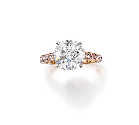 A diamond and fancy colored diamond ring, Graff