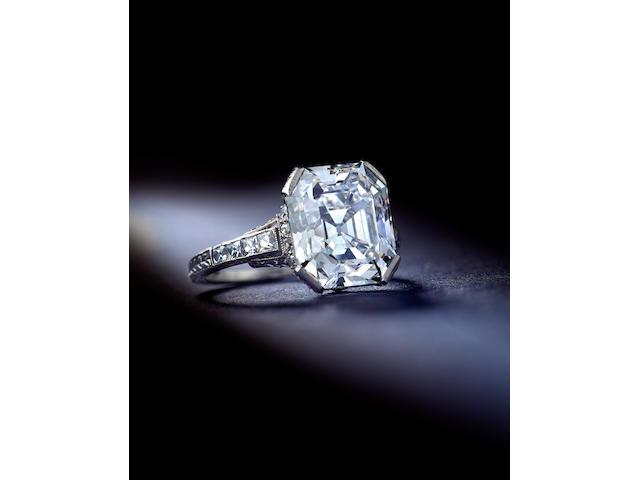 A fine Art Deco diamond ring, C.D. Peacock,