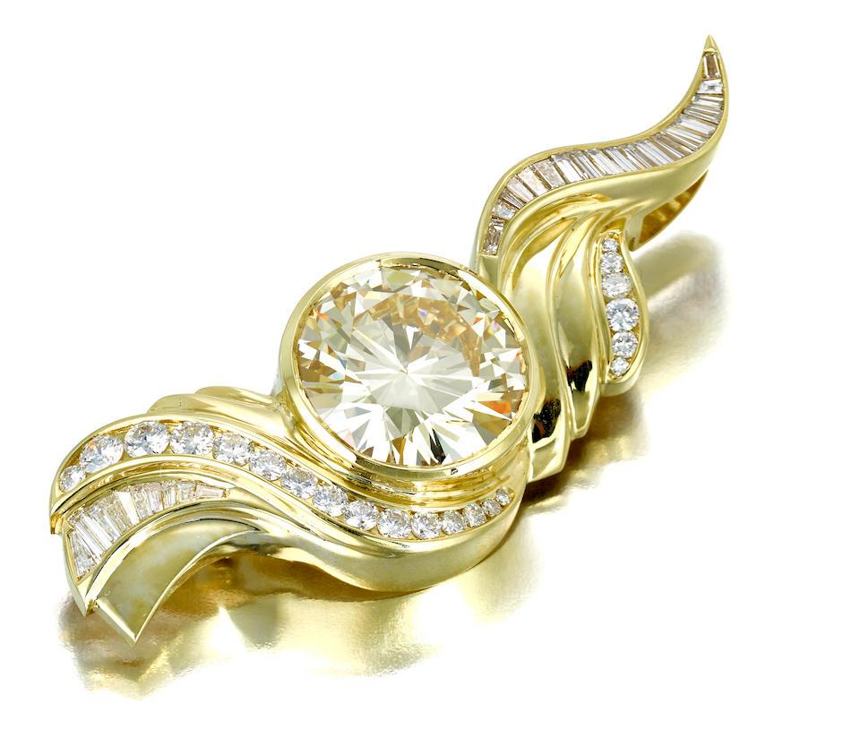 A diamond brooch/pendant, Susan Sadler