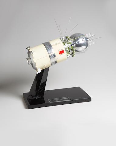 VOSTOK 1 (VOSTOK 3KA-3) SPACECRAFT MODEL
