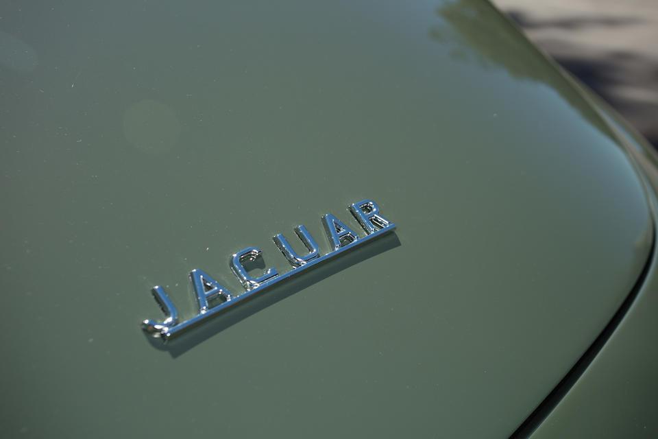 <B>1963 JAGUAR E-TYPE SERIES I 3.8 COUPE</B>
