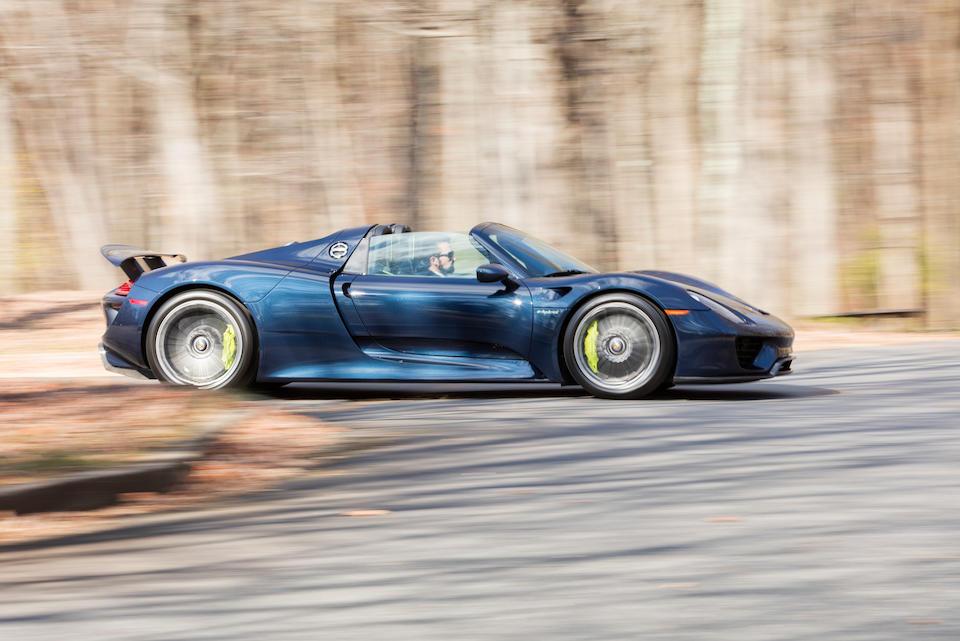 2015 Porsche 918 Spyder  Chassis no. WP0CA2A15FS800268