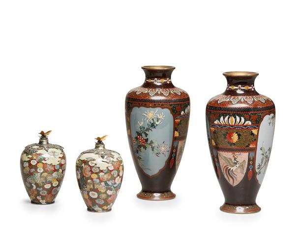 Two pairs of CLOISONNÉ-ENAMEL  vases Meiji (1868-1912) or Taisho (1912-1926) era, early 20th century