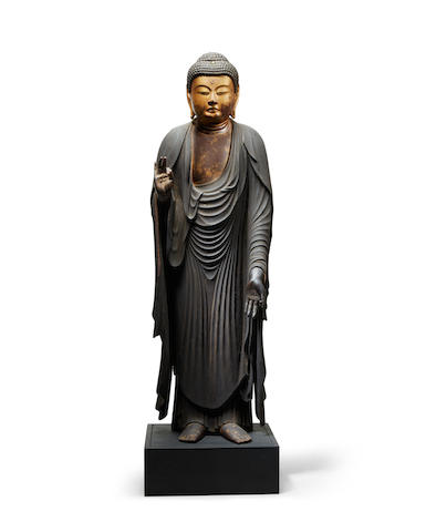 A standing figure of Amida Buddha Momoyama (1573-1615) or Edo period (1615-1868), 17th century