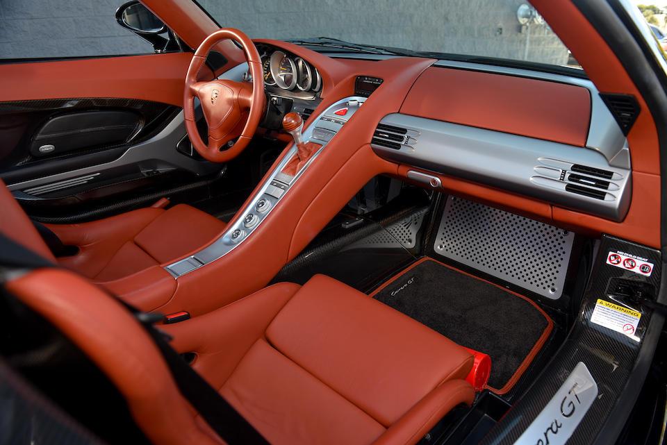 <b>2005 Porsche Carrera GT</b><br />VIN. WP0CA29855L001164