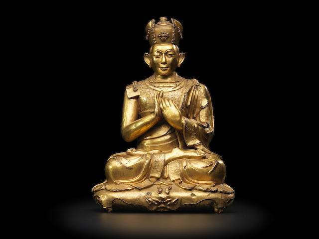 A GILT COPPER ALLOY FIGURE OF THE FIFTH KARMAPA, DESHIN SHEKPA TIBET, 15TH/16TH CENTURY