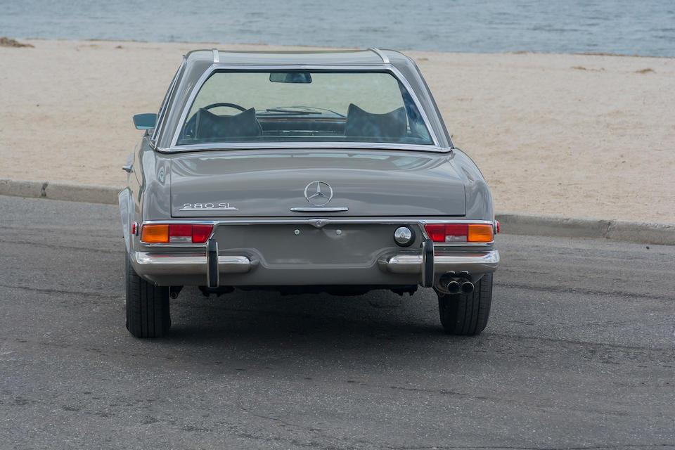 <b>1971 MERCEDES-BENZ 280SL</b><br />Chassis no. 113044-12-019017<br />Engine no. 130983-12-012474