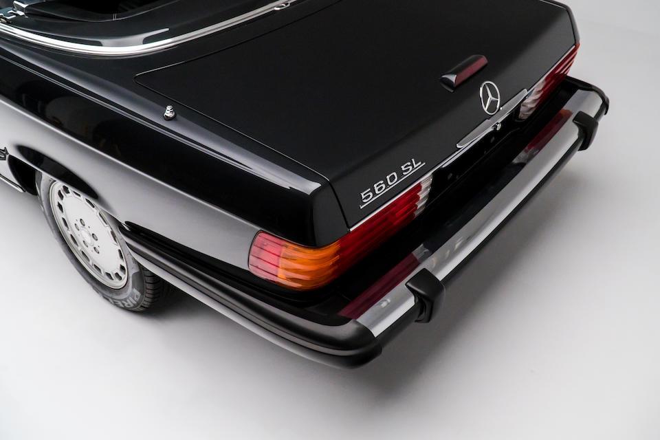 <b>1989 Mercedes-Benz 560SL</b><br /> VIN. WDBBA48D8KA100623