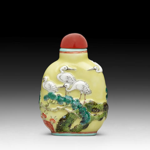 A MOLDED PORCELAIN 'CRANE' SNUFF BOTTLE Jing Wei Tang mark, 1820-1850