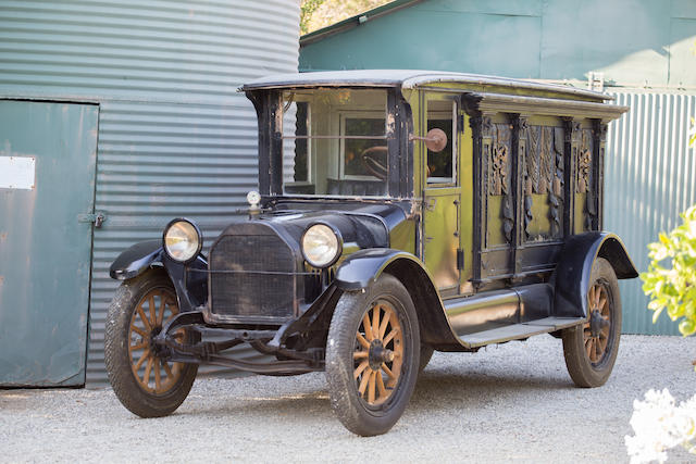 <b>1915 Studebaker Hearse</b><br />Engine no. 4c-44459