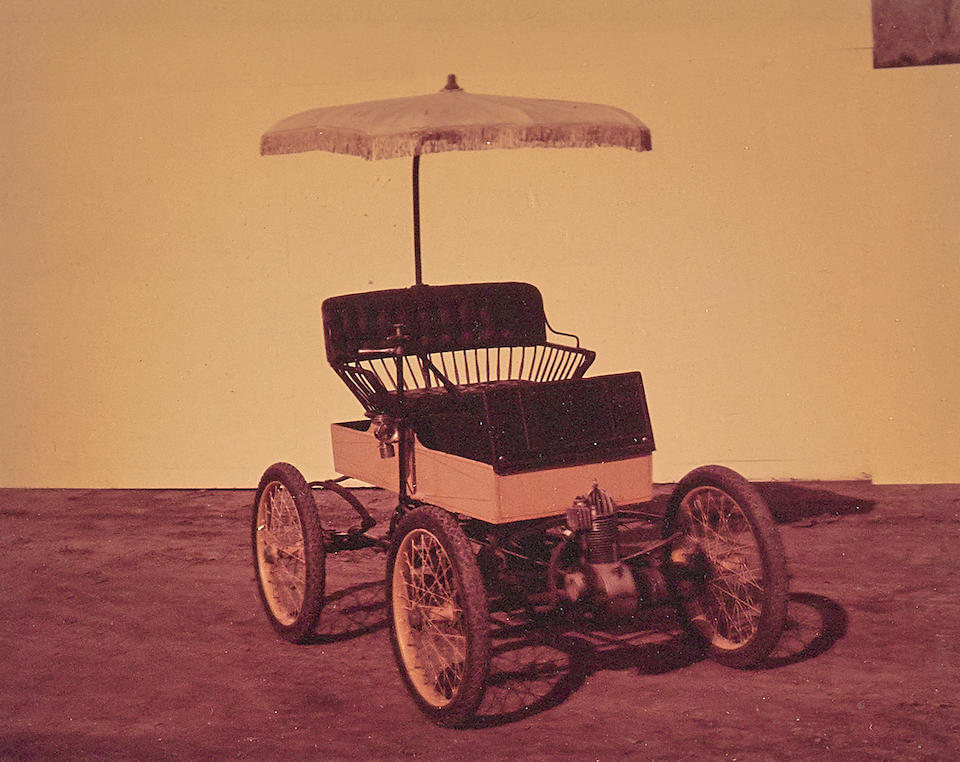 <b>c.1901 CRESTMOBILE MODEL B 3&#189;HP RUNABOUT</b><br />Engine no. 129