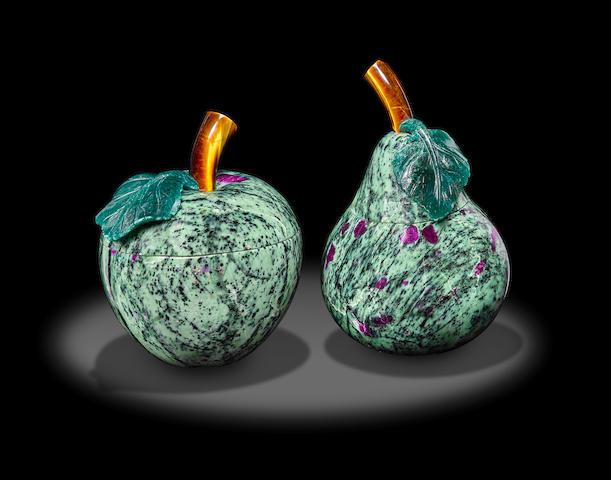 Ruby-zoisite Pear and Apple Jars by Luis Alberto Quispe Aparicio