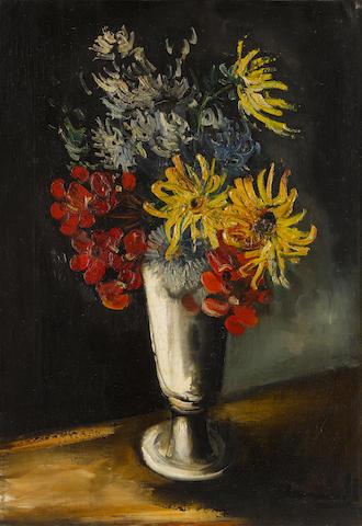 Maurice de Vlaminck (1876-1958) Fleurs dans un vase 21 3/4 x 15 in (55 x 37.7 cm)