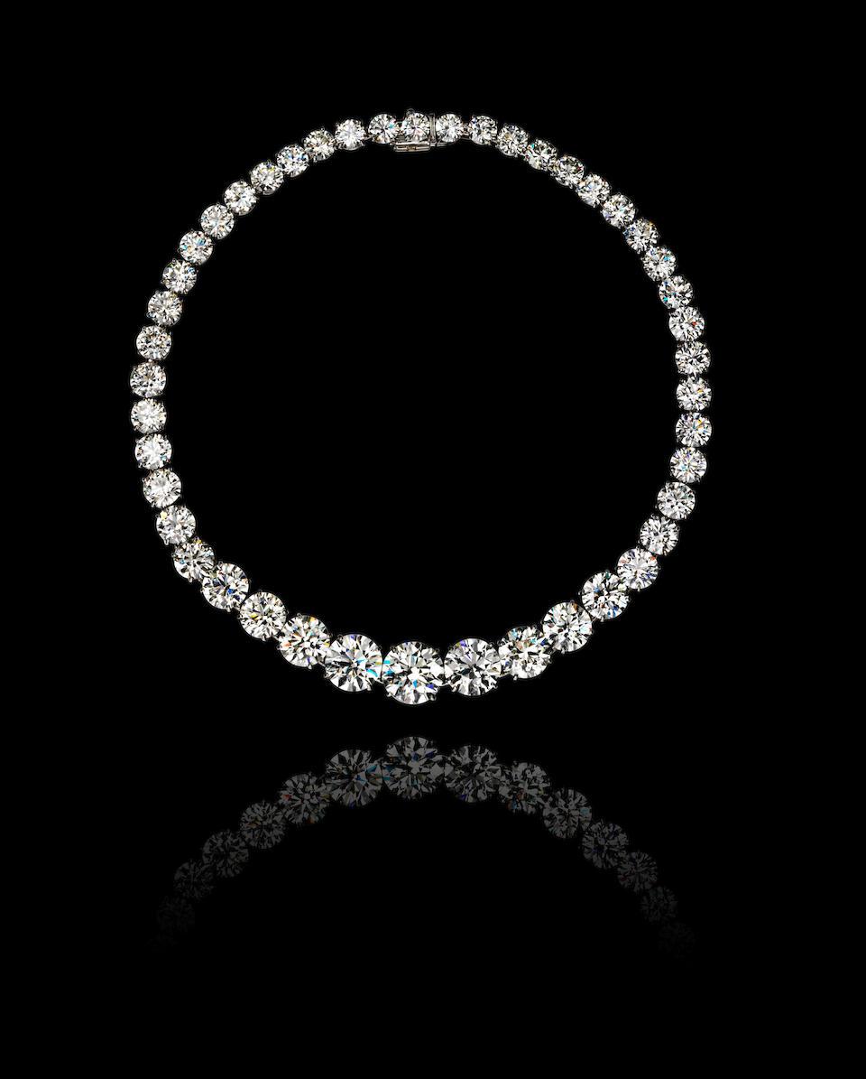 A magnificent diamond rivière necklace, Harry Winston,