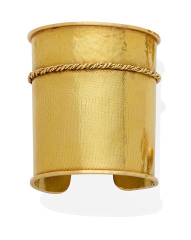 A 14k gold cuff