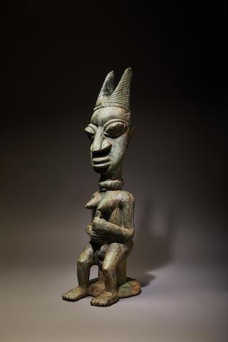 Important Yoruba Female Ogboni Shrine Figure/Earth Spirit, Ijebu or Owu Region, Nigeria