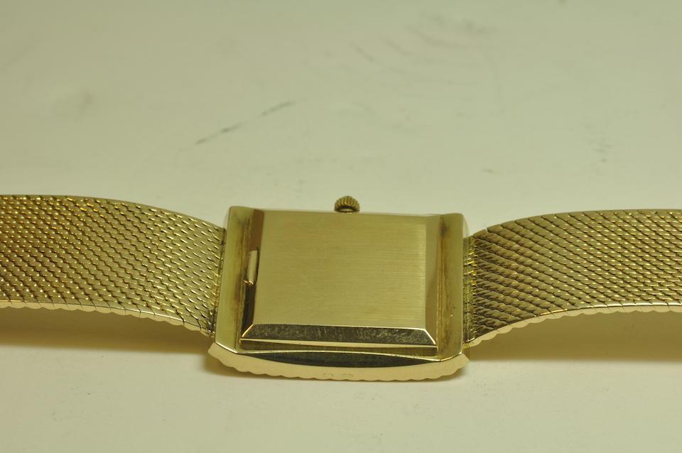 Patek Philippe. A fine 18K gold bracelet watchRef: 3733, Circa 1975