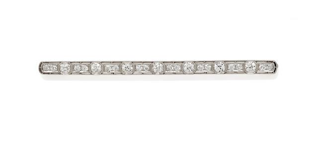 A belle epoch diamond and platinum bar brooch,