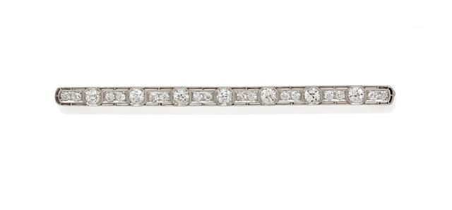 A belle epoch diamond and platinum bar brooch,