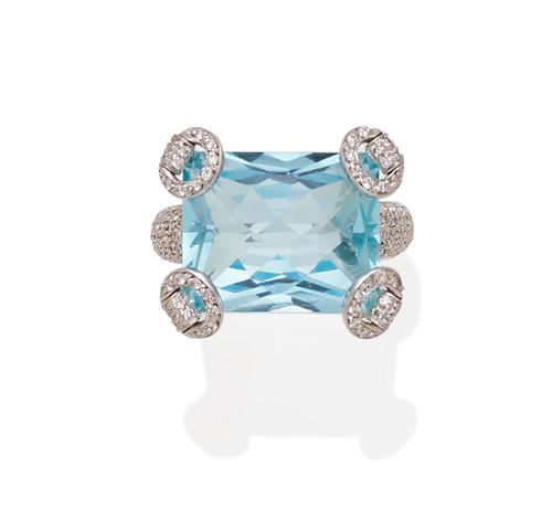 A blue topaz, diamond and 18k white gold ring, Gucci