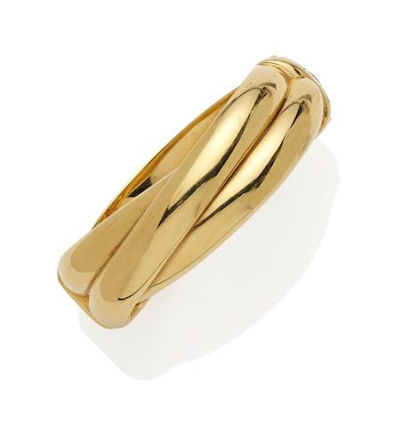 An 18k gold bangle bracelet