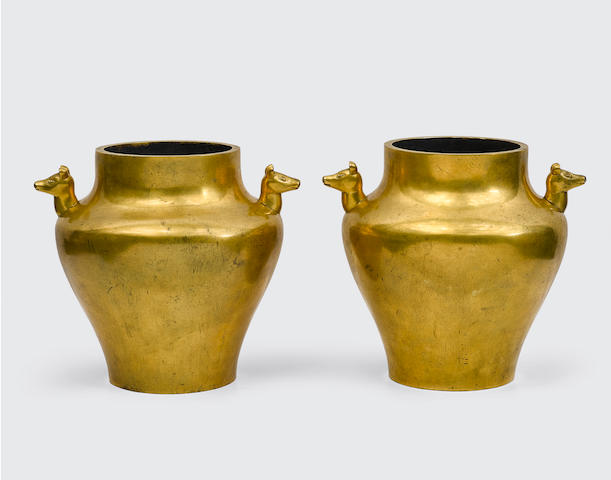 A Pair of Cast Bronze Jars, Zun Qianlong marks, late Qing/Republic period