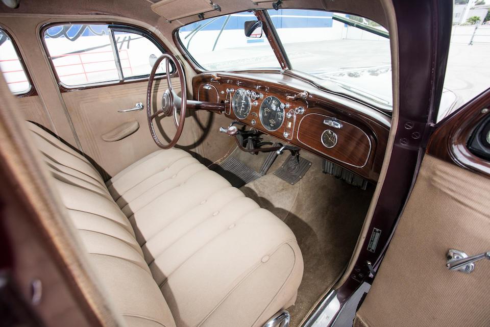 <b>1935 Chrysler Airflow</b><br />Chassis no. 7014765