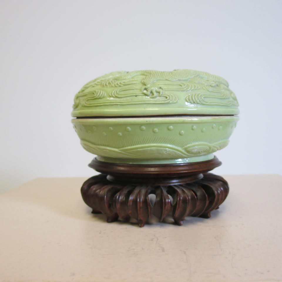 A carved lime green glazed porcelain seal paste box and cover Wang Bingrong, 19th century