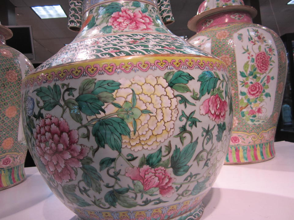 A Large Famille Rose Vase Qianlong mark, late Qing/Republic period