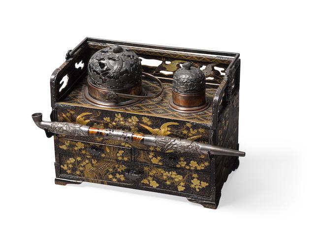 A lacquer tabako-bon (smoking set) and kiseru (pipe) Edo period (1615-1868), 19th century