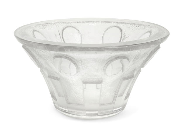 A Daum Frères acid cut glass flaring bowlcirca 1925 signed DAUM NANCY FRANCE with the Cross of Lorraineheight 6in (15.2cm); diameter 11in (28cm)