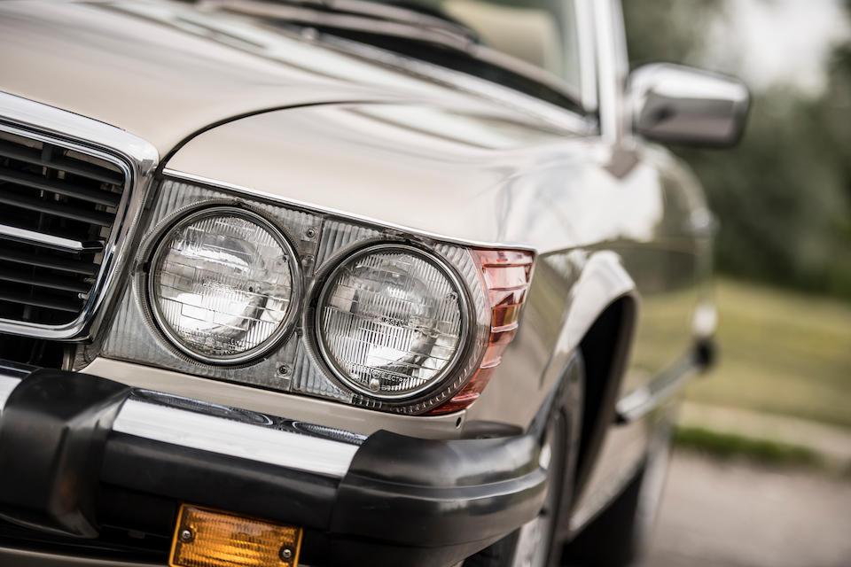 <b>1989 Mercedes-Benz 560SL</b><br />VIN. WDBBA48D8KA102744<br />