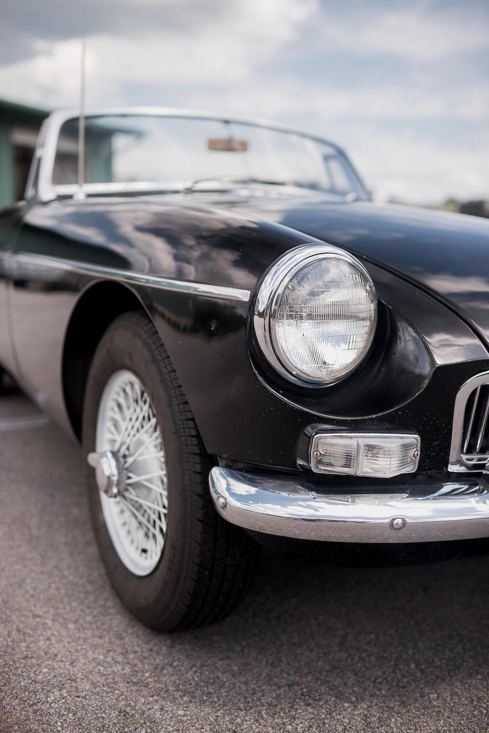 <b>1964 MG B Roadster</b><br />Chassis no. GHN3L/51533<br />Engine no. 18GB-RU-H3197