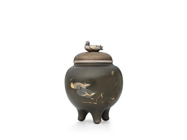 ŌKAWA TEIKAN 大川貞幹 (1828–1898) A Shibuichi Incense-Burner with Aquatic Birds水辺図彫金四分一香炉Meiji era (1868–1912), circa 1880–1890