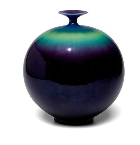 Tokuda Yasokichi III (1933-2009) A porcelain vaseShowa (1926-1989) or Heisei (1989-) era, late 20th century