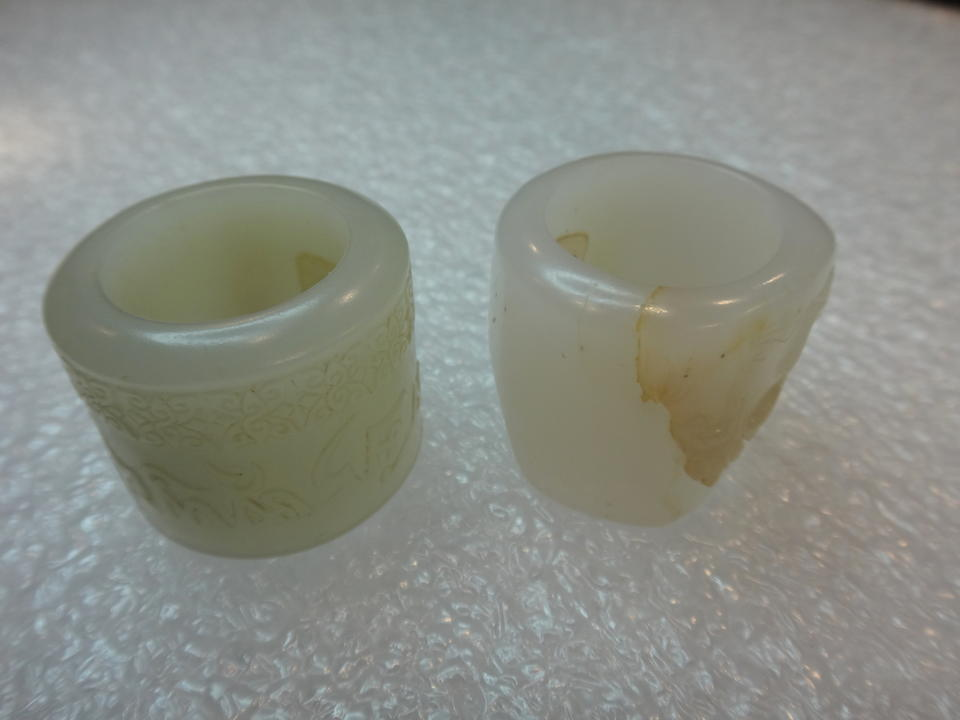 FOUR JADE ARCHER'S RINGS Qing dynasty