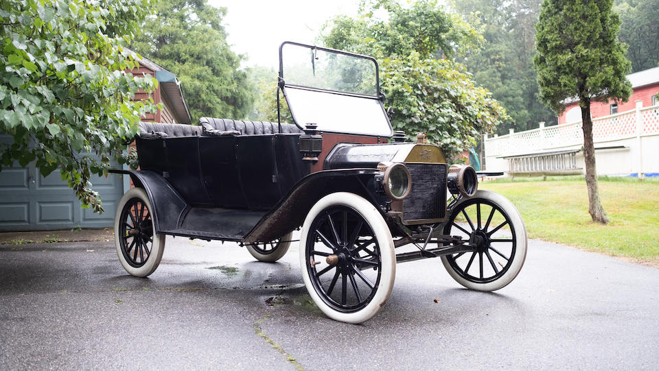 <b>1913 Ford Model T Touring Car</b><br />Engine no. 323625