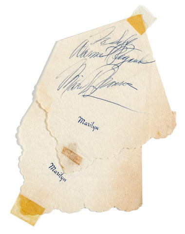 A Marilyn Monroe signature on a monogrammed napkin