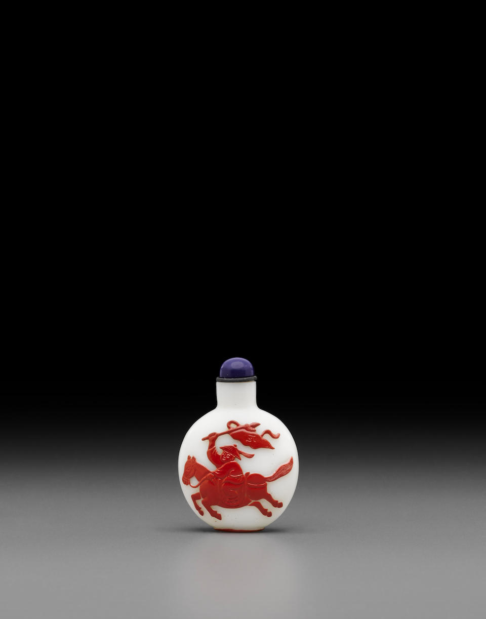 A red overlay milky-white glass snuff bottle
