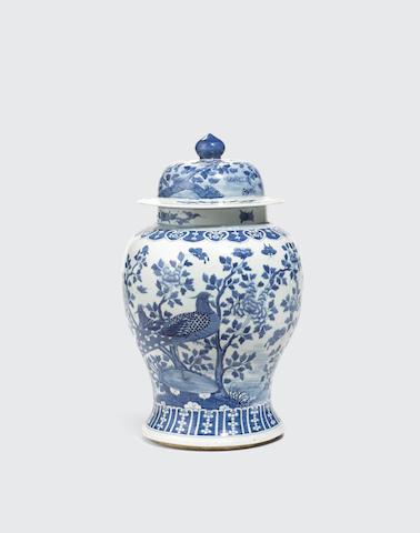 A blue and white baluster jar and cover Late Qing/Republic period