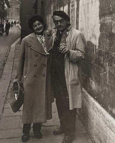 MAN RAY (EMMANUEL RADNITZKY). 1890-1976. Group of images and autograph material, comprising: 1. Photograph of Man Ray and Juliet Browner, gelatin silver print, 249 x 201 mm, Paris, c.1952, matted and framed.
